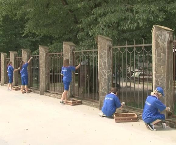 Сочинские волонтеры помогли Кавказскому биосферному заповеднику