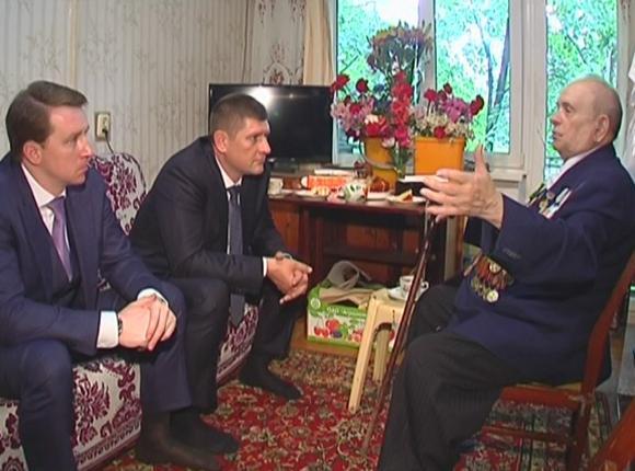 Ветерану Великой Отечественной войны власти края помогли отремонтировать квартиру