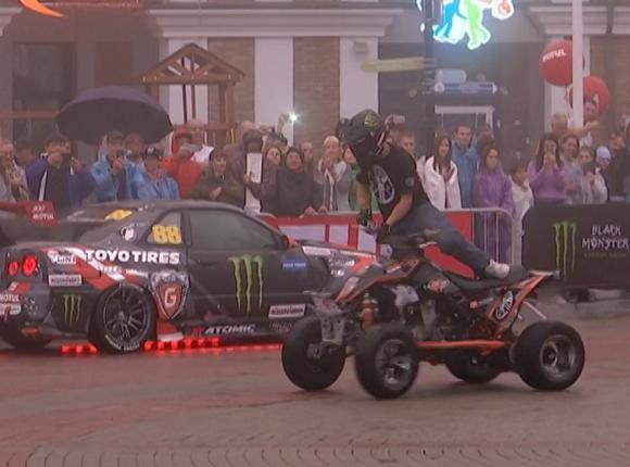 На Красной Поляне прошли соревнования по мотогонкам