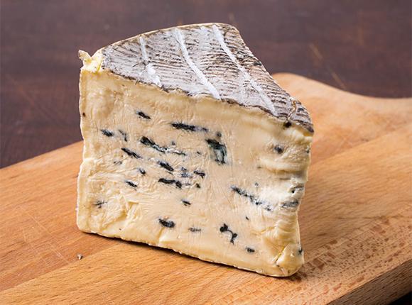 На маслосырзаводе Тбилисского района наладили производство элитных сортов сыра