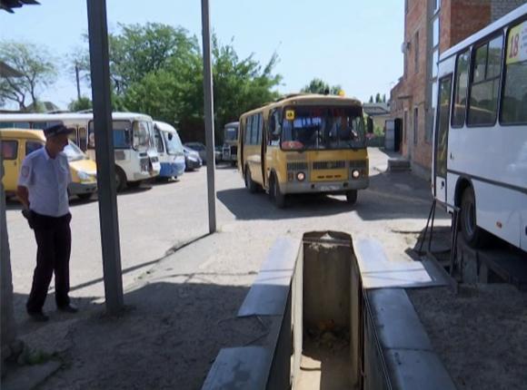 На Кубани на школьных автобусах будут устанавливать проблесковые маячки