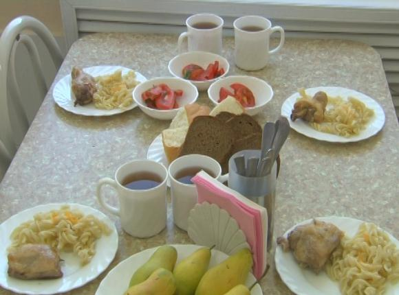 Как в Краснодаре обеспечивают едой школьников