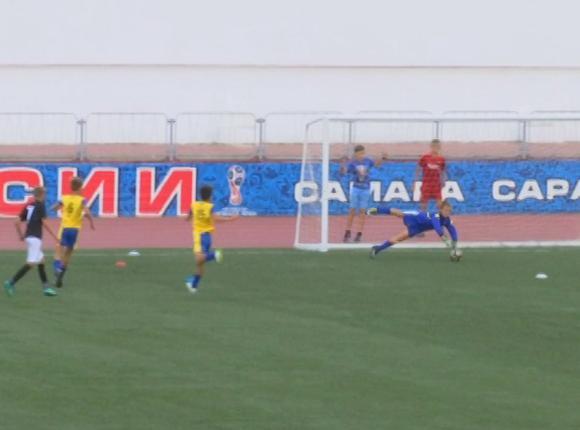 В Ейске прошли игры детского турнира по футболу «Легенды Кубани»