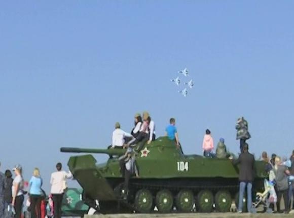 В Темрюкском районе в честь годовщины освобождения Кубани выступили «Русские витязи»