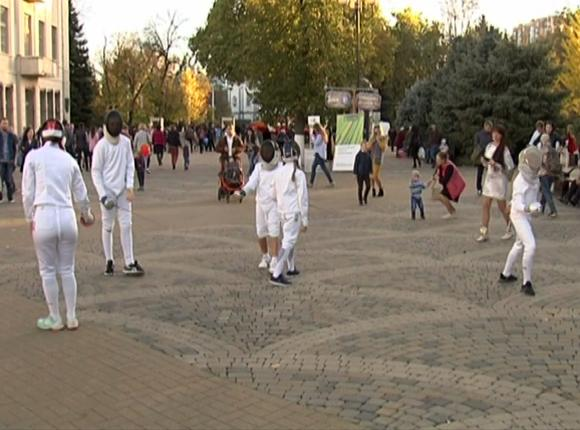В Краснодаре прошел фестиваль фехтования и боевого танца «Эфес Кубани»