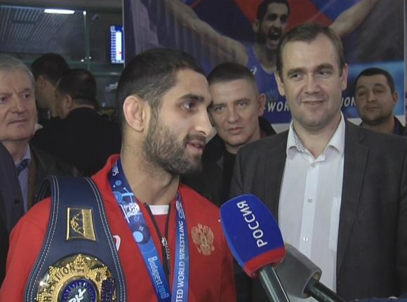 Чемпион мира по греко-римской борьбе Степан Марянян: победу я посвящаю России, Кубани и Динскому району