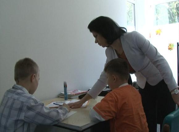 В Туапсе детей из пострадавших от наводнения домов обучают на территории пансионата