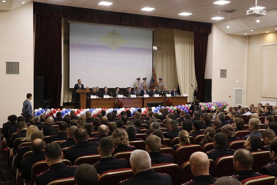 «Факты 24»: в Краснодаре состоялся VIII съезд участковых уполномоченных полиции, сотрудники «Кубань 24» выиграли одну из наград фестиваля «Вечевой колокол»
