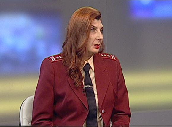 Замначальника отдела Роспотребнадзора по краю Саида Ильницкая: следует обращать внимание на стерильность и наличие медкнижки у мастеров