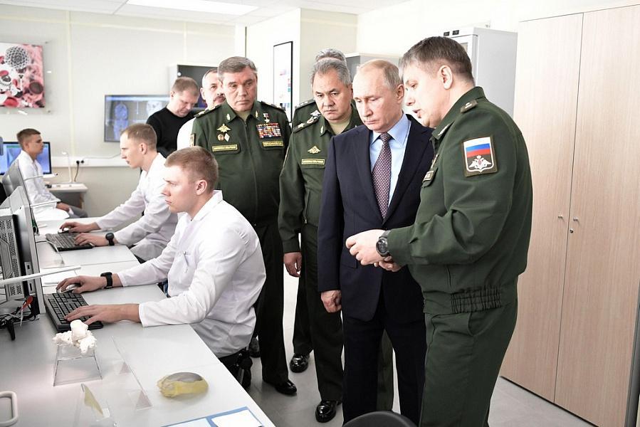 «Факты 24»: Путин и Кондратьев посетили военный технополис «Эра» в Анапе, в Сочи открылся Международный туристский форум SIFT-2018