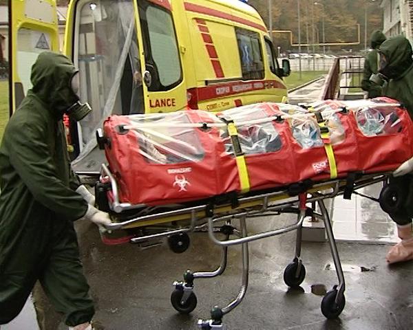 В Сочи для врачей провели учения по борьбе с Эболой