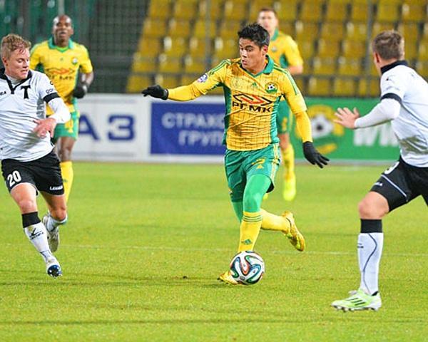 Матч ФК «Кубань» — «Торпедо» посетили три тысячи фанатов
