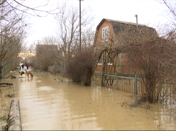 В Северском районе подтопило дома станицы Смоленской