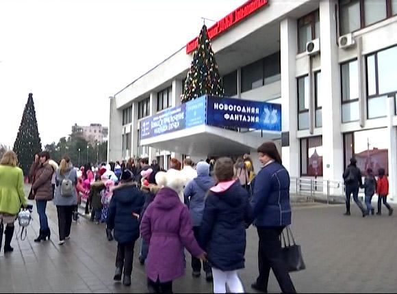 Краснодарские театры и дворцы искусств начали приглашать детей на мюзиклы