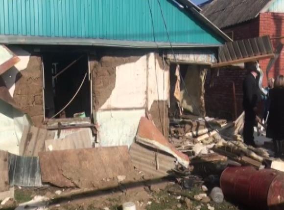 Очевидцы рассказали о взрыве газового баллона в Абинском районе