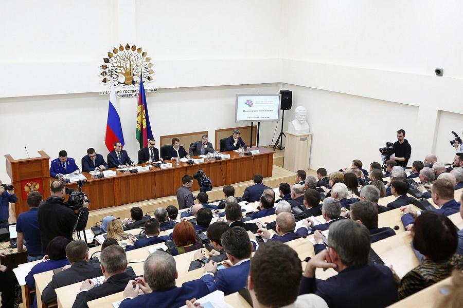 «Факты 24»: Общественная палата Краснодарского края отметила пятилетие, в Краснодаре ветераны вспомнили события Сталинградской битвы