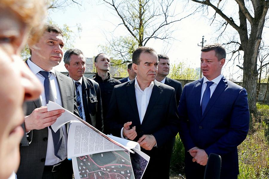 «Факты 24»: Кондратьев проинспектировал зеленые зоны Краснодара, в Сочи прошли масштабные учения спасателей МЧС
