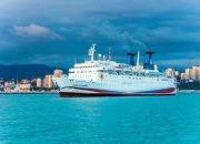 Круизный лайнер «Князь Владимир» пришел в порт Сочи после ремонта
