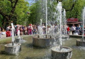 В Краснодаре стартовал сезон фонтанов