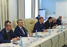Глава Адыгеи принял участие в обсуждении итогов осенне-зимнего сезона
