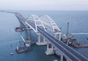 Крымский мост работал без перерыва в течение года
