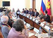 Вениамин Кондратьев провел встречу с председателями профессиональных объединений