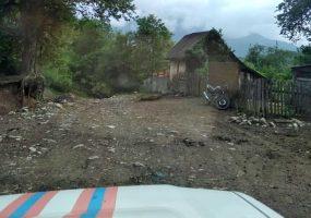 В Сочи спасатели помогли врачам добраться к пациентке по горной дороге