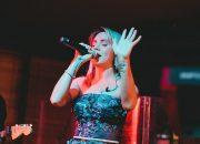 Пострадавшую в ДТП российскую певицу МакSим скоро выпишут из больницы