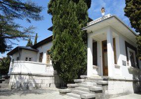В Сочи подземные воды подмывают фундамент дома-музея Николая Островского
