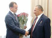 Глава Кубани лично поздравил адыгского писателя Исхака Машбаша с 89-летием