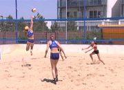 В Анапе проходит первенство края по пляжному волейболу