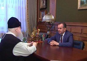 Вениамин Кондратьев поздравил с 78-летием митрополита Исидора