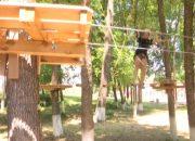 В детском лагере Тбилисского района появился веревочный парк