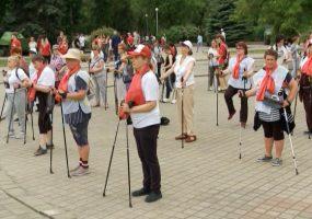 В Краснодаре прошел первый марафон по скандинавской ходьбе