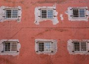 Прятавшие на Кубани наркотики закладчики получили 17 лет колонии на двоих