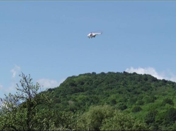 В поисках пропавшего в Мостовском районе мальчика задействовали вертолет МЧС