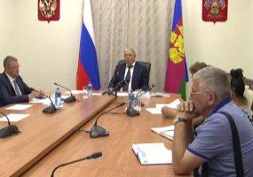 В Краснодаре Анатолий Вороновский провел личный прием граждан