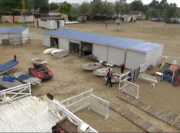 В Анапе судебные приставы опечатали городской яхт-клуб