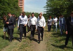 Кондратьев осмотрел место для парка в Молодежном микрорайоне Краснодара