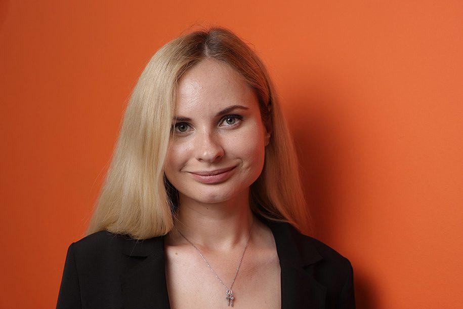 Яна Кулешова