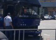 Пассажирский автобус Сочи — Ялта попал в ДТП в Лазаревском районе