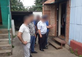 В Армавире мужчина жестоко избил родного дядю, спустя неделю пострадавший умер