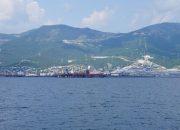 В порту Новороссийска тягач наехал на женщину, она лишилась ноги