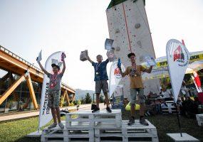 В Сочи прошли соревнования по скалолазанию