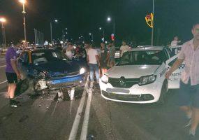 В Сочи столкнулись такси и машина каршеринга, пострадали пять человек