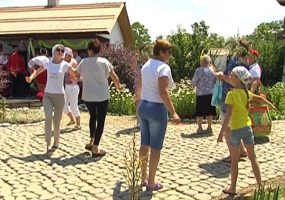 В этнокомплексе «Атамань» прошел фестиваль «Зеленые святки»