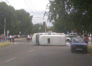 СК начал проверку после опрокидывания маршрутки с пассажирами в Армавире