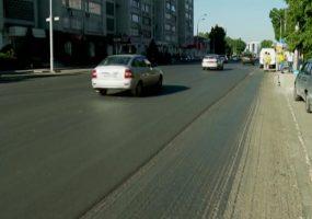 В Краснодаре частично перекрыли движение на Суворовском путепроводе