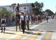 В Геленджике курортный сезон открыли масштабным карнавалом