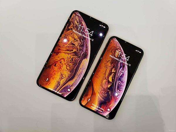 Эксперты назвали десять лучших смартфонов 2019 года